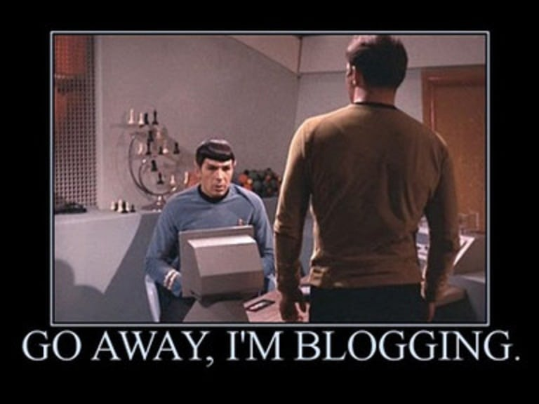 Leave me alone, I'm blogging Star Trek meme