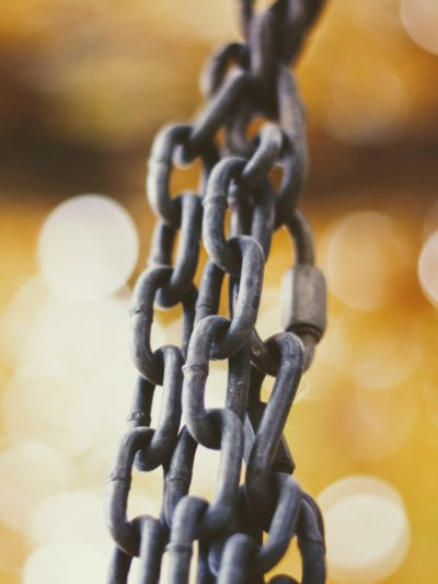 chains link building
